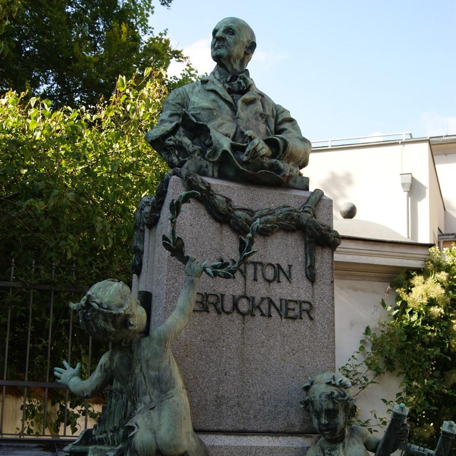Bruckner front